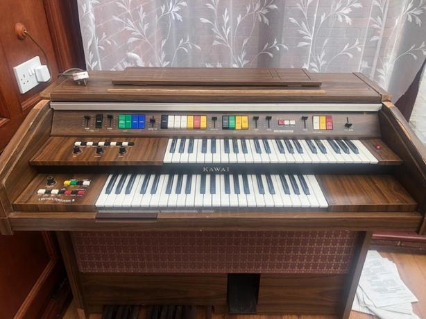 Kawai Electric Organ - offers accepted