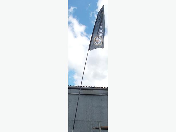 6m Sectional Flag PoleVery little use