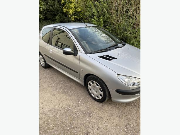Peugeout 206 full service history, only 66k mint condtion 07376 318215