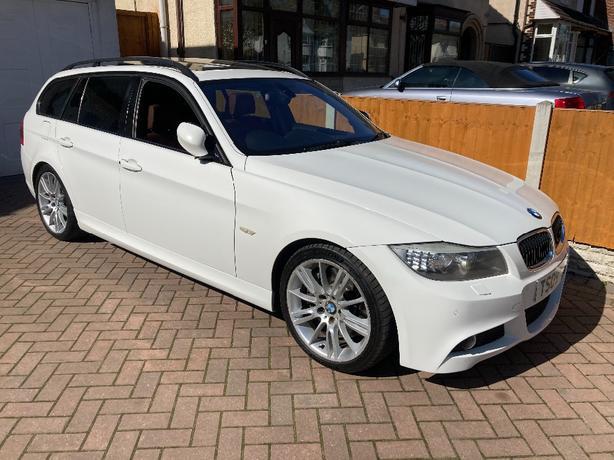 BMW 330d M Sport Estate MEGA SPEC