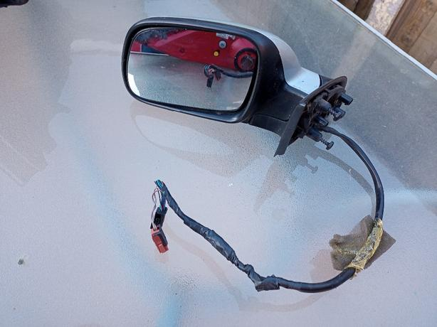 Peugeot 307cc  electric mirror