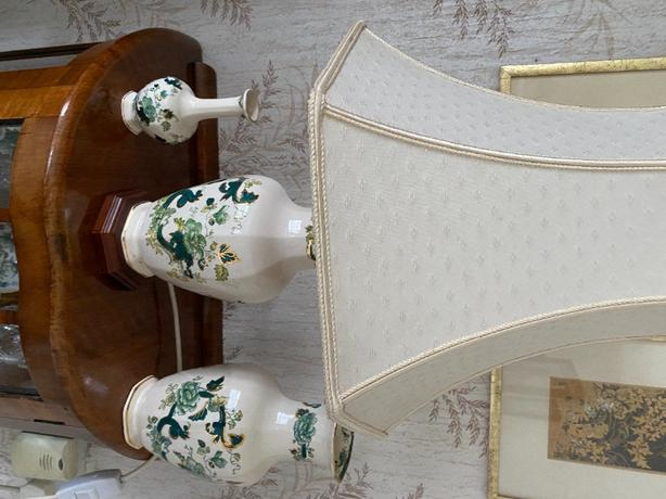 fine china lamp and two matching vases