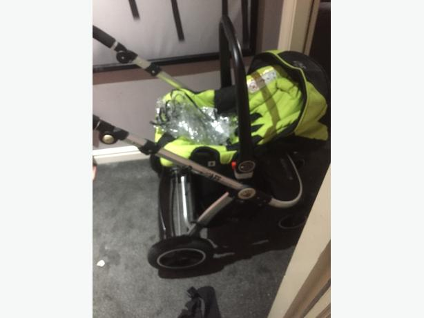 isafe travel system lime green