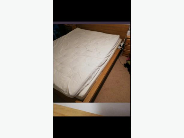 bed and double mattress