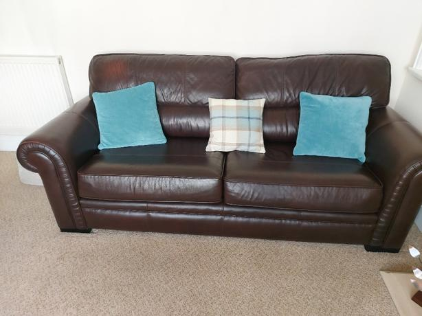 LEATHER 2 &3 SEATER SOFA