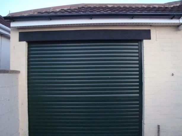 Electronic garage door