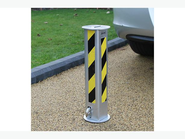 Retractable Parking Bollards