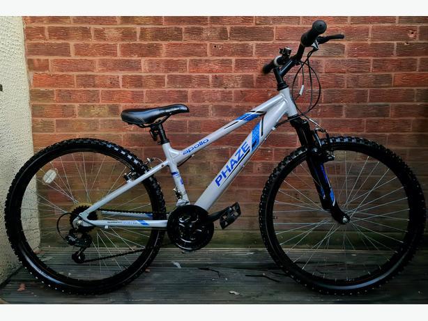 """Apollo phaze bike,26""""wheels,18 speed"""