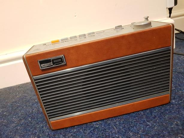 Vintage Roberts R727 Radio Very Good Condition & Working Order Can Deliver £5