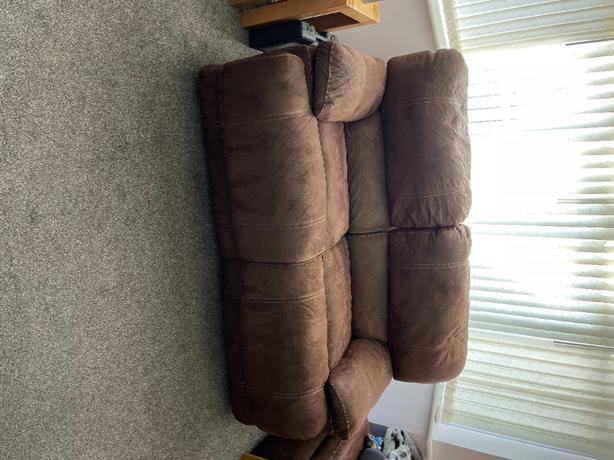 3 and 2 Seater electric recliner sofa