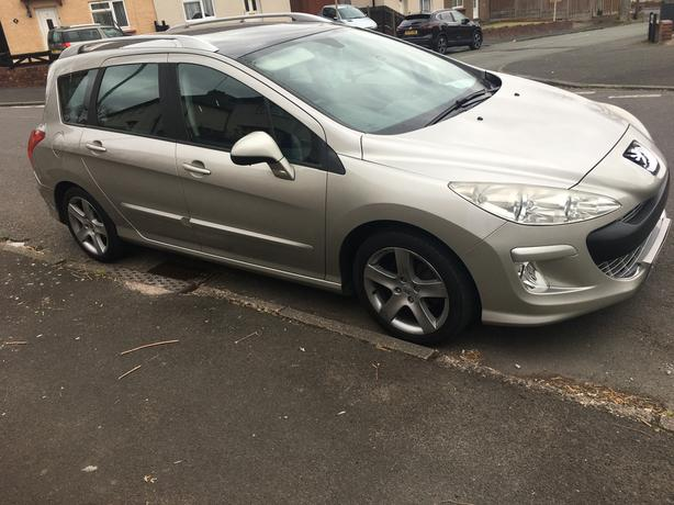7 seater Peugeot 308 SW sport 1.6 HDI