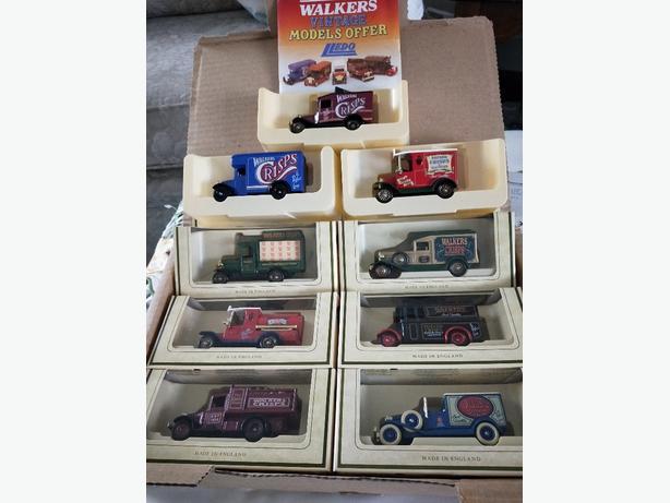 Vintage Model set (Walkers Crisps)