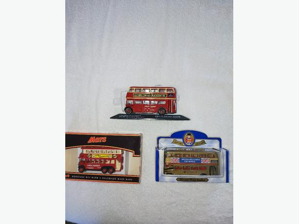 Model bus collection