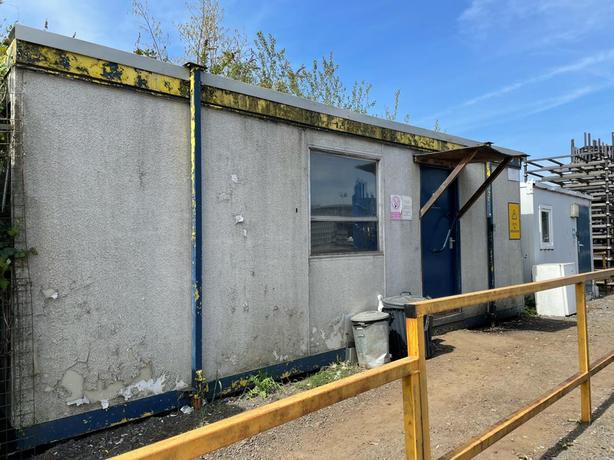 Portacabin/staff canteen