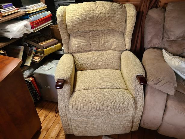 Recliner and Riser Dual Motor Chair