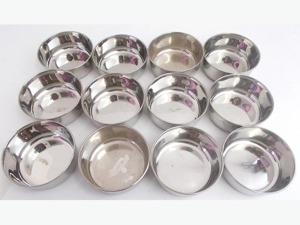 12x Stainless Steel Feeding Bowls – 10.5cm