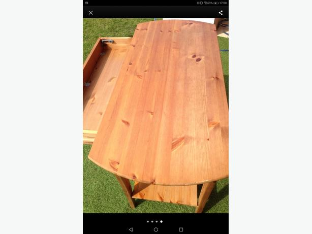 Quality pine tabe with drawer can be delivered