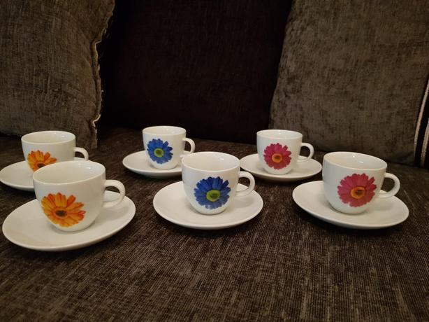 Brand new coffee cups set