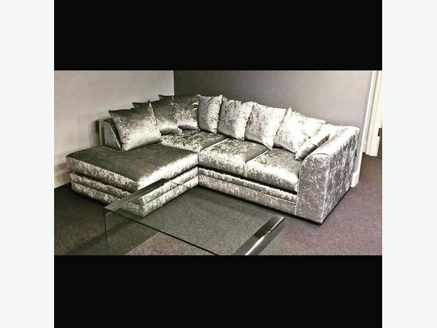 FREE DELIVERY/brandnew CORNER SOFA CRUSHED VELVET