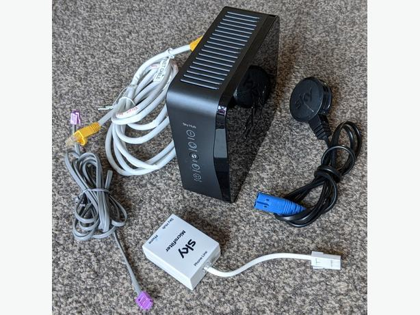 Sky hub 2 router (sr102)