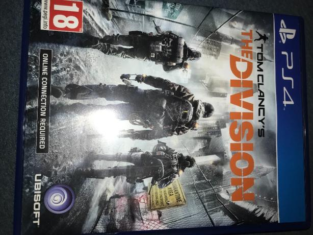 PS4 the division and PS4 destiny