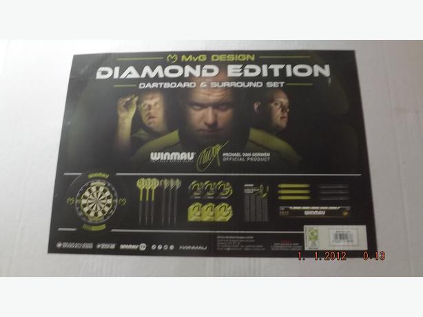 new diamond edition. Michael van Gerwen Dartboard ,plus Surround. also stand