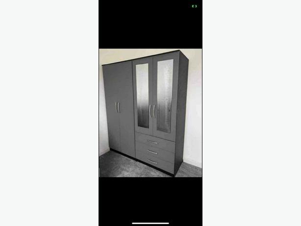 4 Door combi wardrobe brandnew
