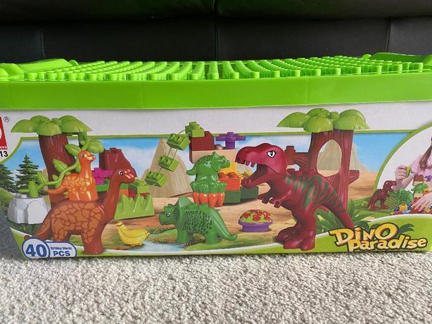 Dino Paradise Building Block Set *NEW*