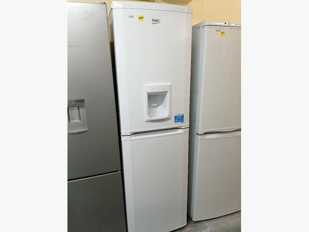 Beko Fridge freezer white with water dispenser at Recyk Appliances