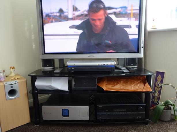 fujitsu 42in plasma screen+jbl surround+onkyo amplifier+belkin pure av power