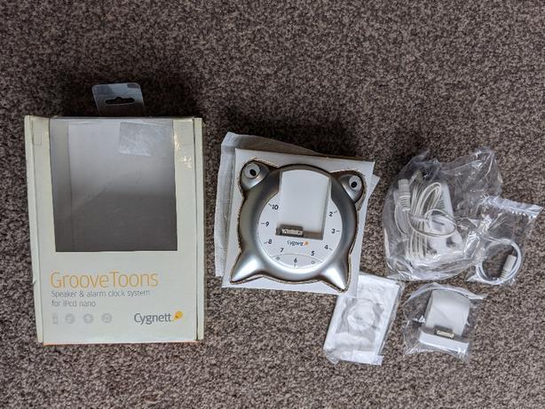 NEW Cygnett Speaker and Alarm Clock for iPod nano