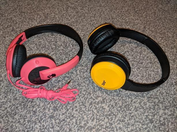 JVC and Skullcandy headphones