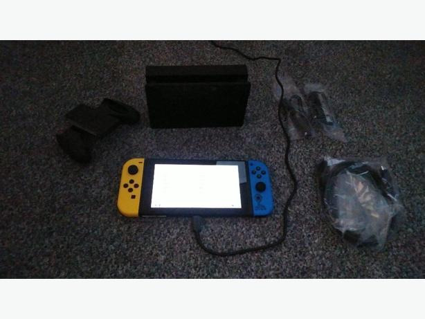 Nintendo switch fortnight edition