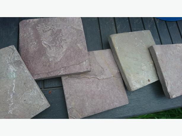 Beautiful Tumbled Slate Tiles 10x10cm
