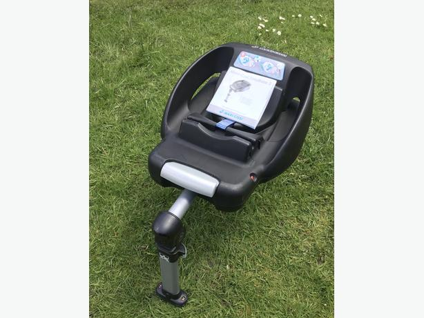 Maxi Cosi car seat base