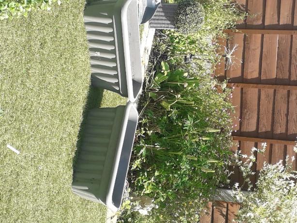 x2 planters