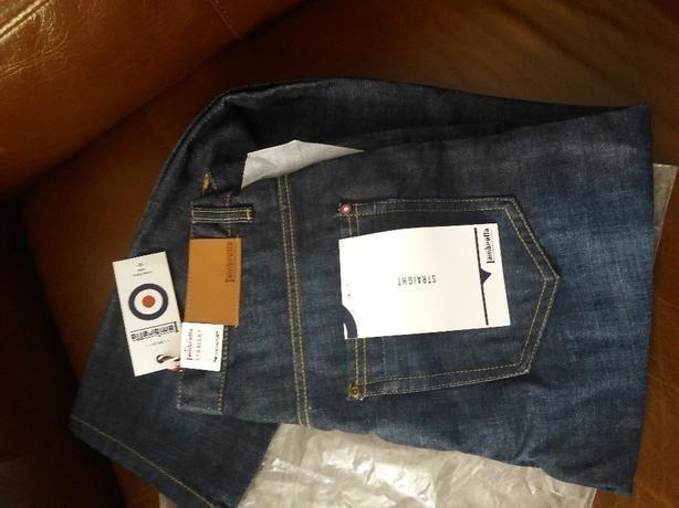 Lambrella Straight Jeans Brand New Roger jean Size: 34/33 Mid Wash