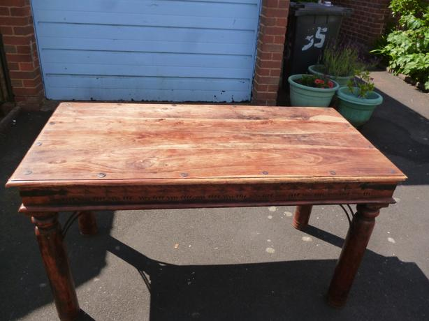 USED,HEAVY WOODEN  STYLE TABLE