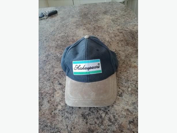 SHAKESPEARE  FISHING  CAP