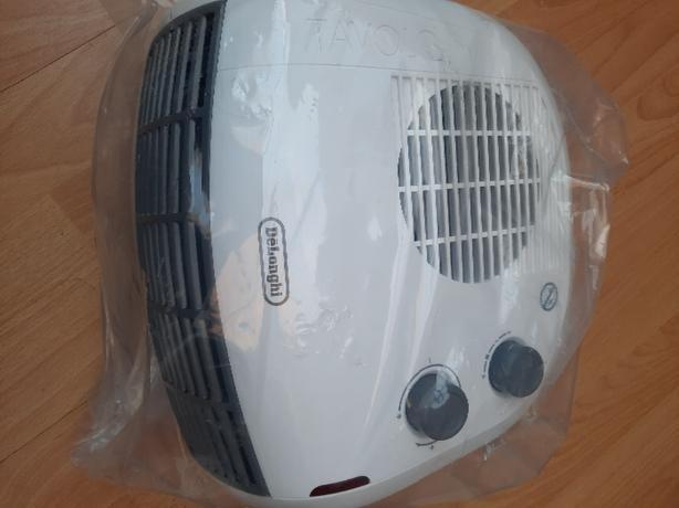 Delonghi Tavolo Portable Fan Heater. Brand new
