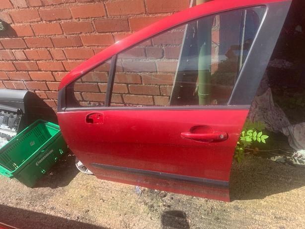 peugeot 308 passenger side front door