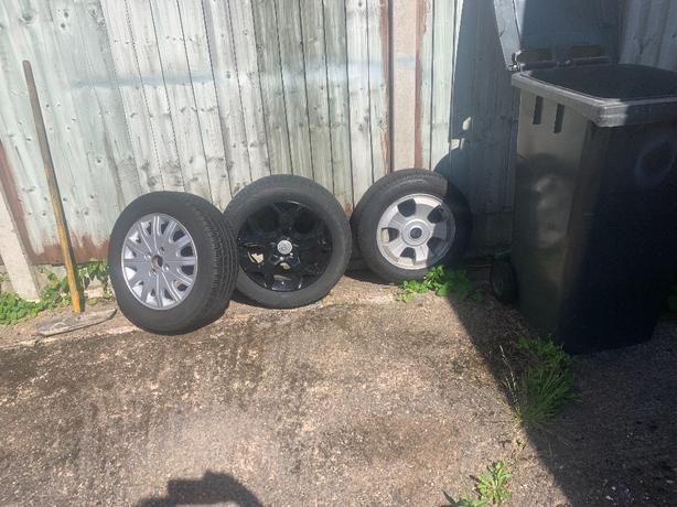 alloy wheel tyres