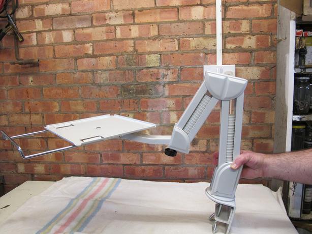 heavy duty desktop mounted monitor arm