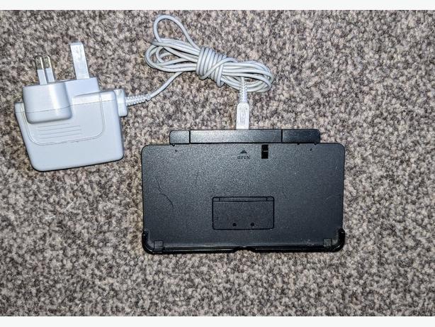 nintendo 3ds charging dock