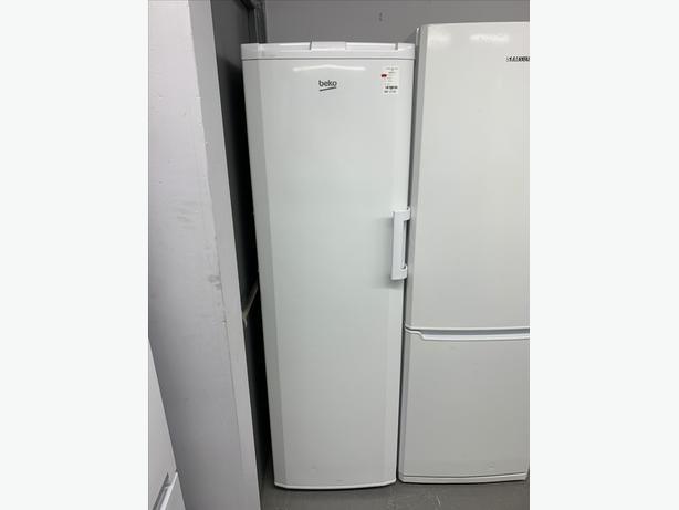 🟩Planet 🌍 Appliance - Beko Tall Freezer