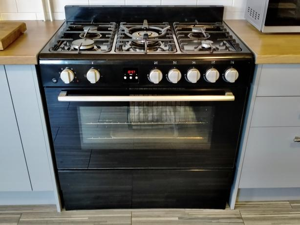 Bush Range cooker Duel Fuel 90cm Model (BSC90DFB) With Stainless steel Hood