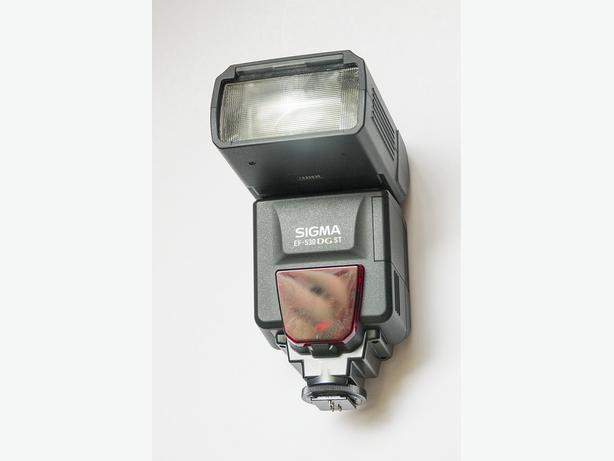 Sigma Electronic Flash EF-530 DG ST For Canon Camera