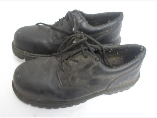 Black Safety Shoe PSF Terrain
