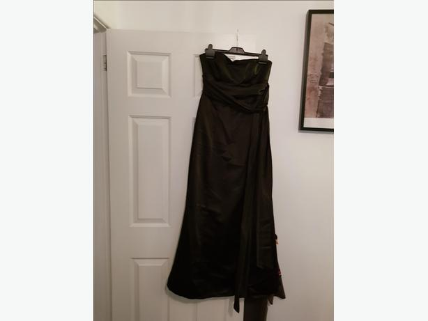 Black strapless evening dress