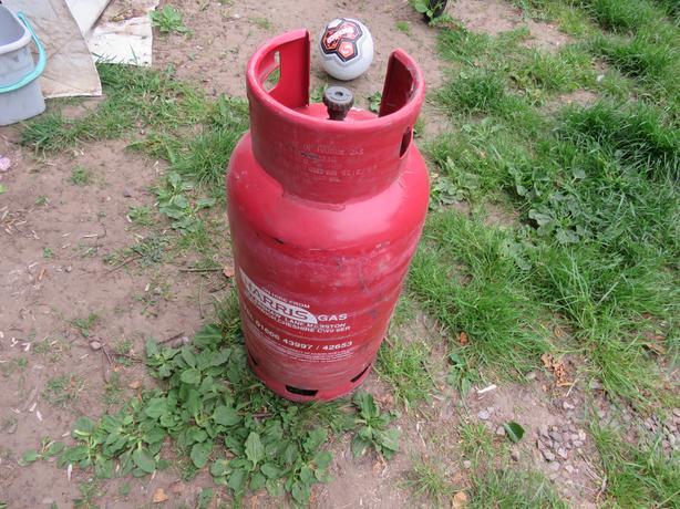 Big, 18 kg, empty gas bottle